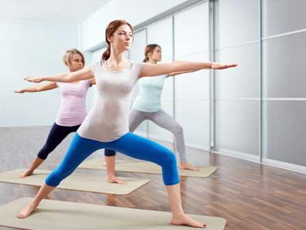 Curso profesional de monitor de yoga