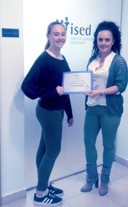 ganadora-curso-quiromasaje-ised-zaragoza-Lara-Macia